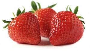 eat-strawberries